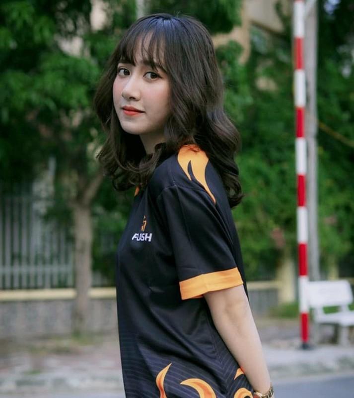Co HLV xinh dep, Team Flash quyet tam vo dich DTDV mua Xuan 2020-Hinh-7