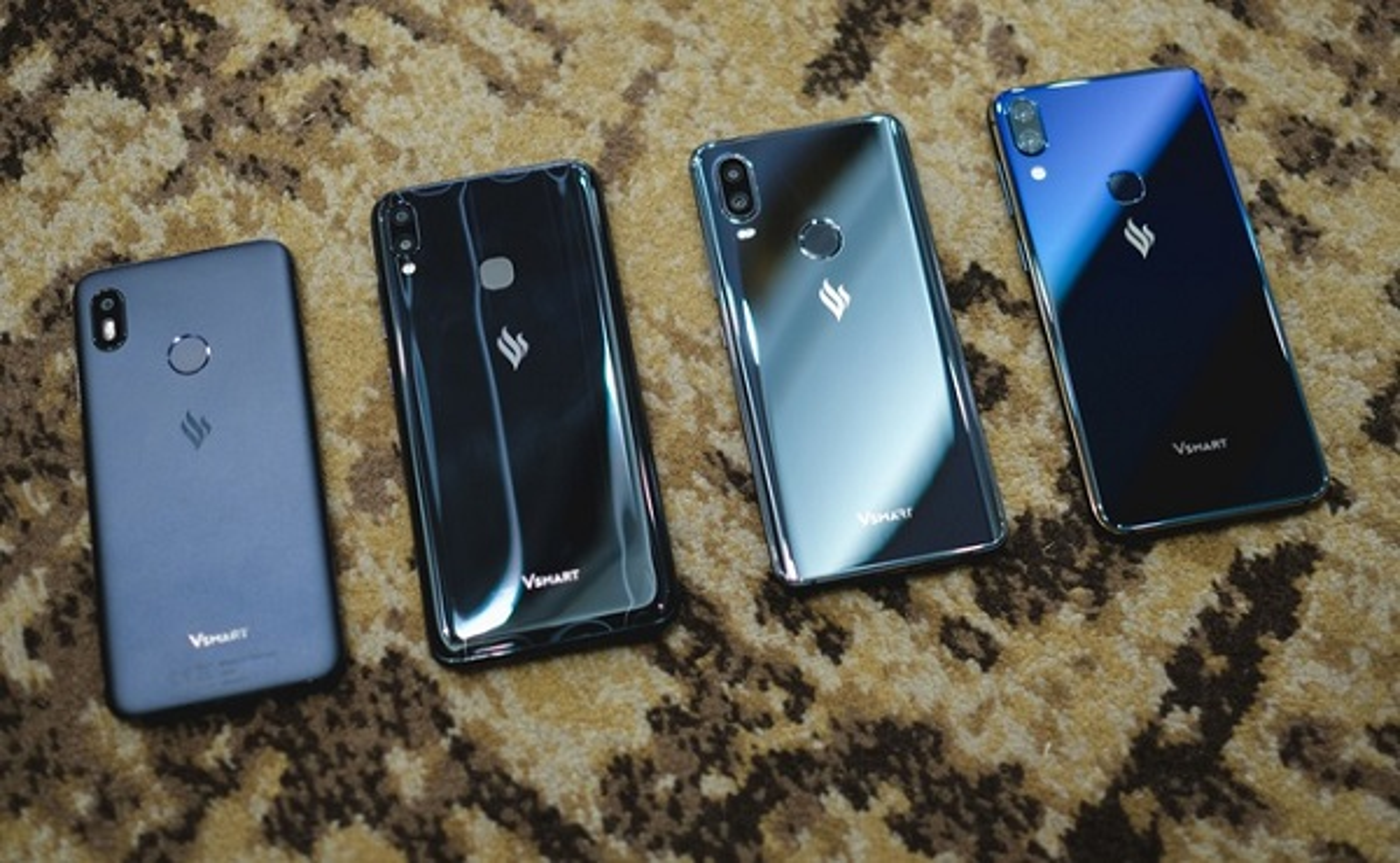 "VinSmart ban 1,2 trieu smartphone: Dong nao ""chay hang""?"