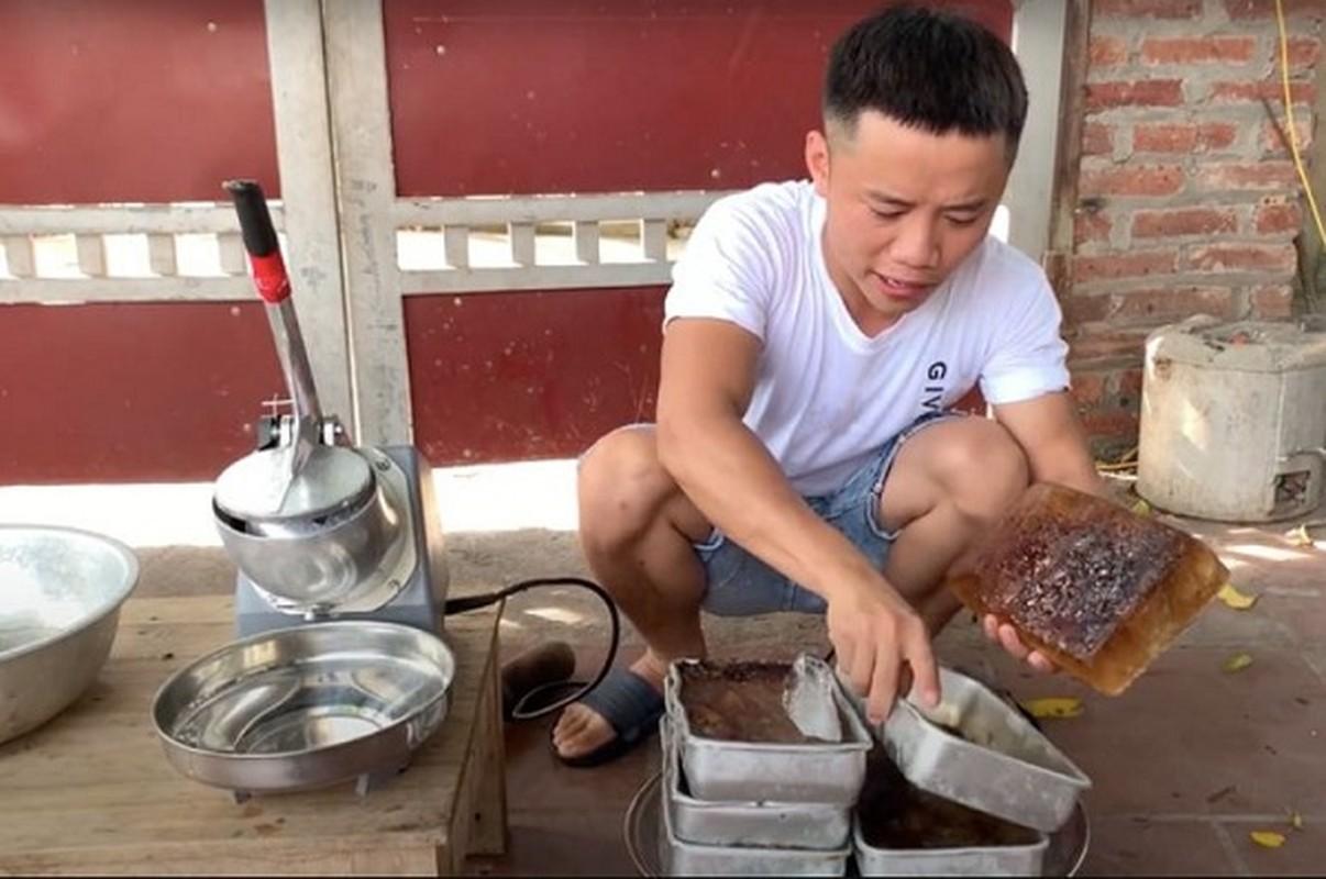 "Con trai ba Tan lai khien dan mang ""nong mat"" trong video moi-Hinh-2"
