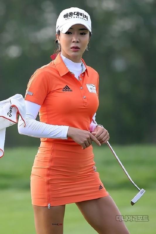 Me met nhan sac thanh nu golf duoc tim kiem nhieu nhat MXH Nhat-Hinh-9