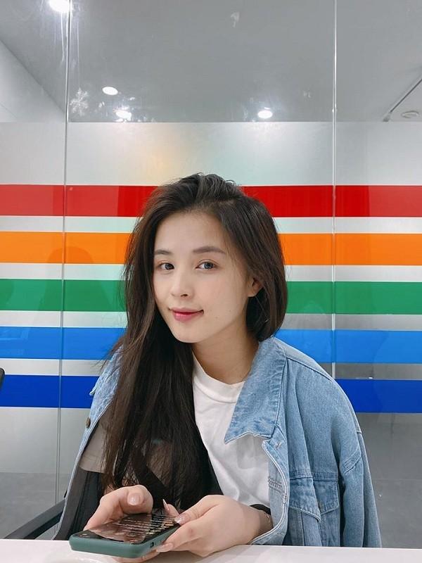 Nhan sac tren TikTok va ngoai doi cua dan hot streamer gay soc-Hinh-6
