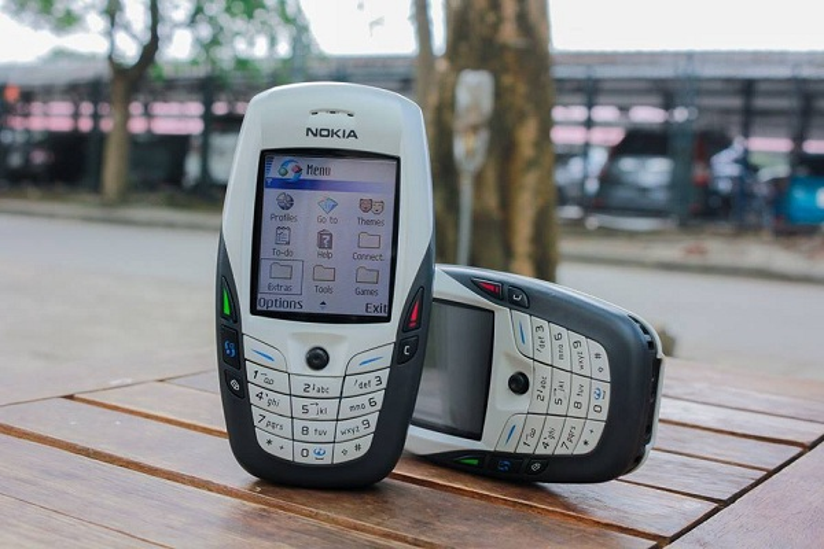 10 dien thoai nhieu nguoi mua nhat lich su: Nokia chiem qua nua-Hinh-5