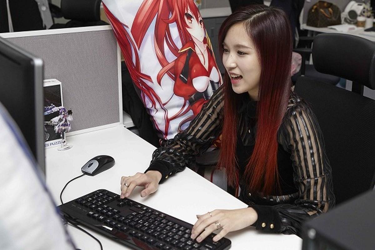 """Loat idol Han """"nem"""" tien cho game nhieu hon hang hieu, sieu xe-Hinh-9"""