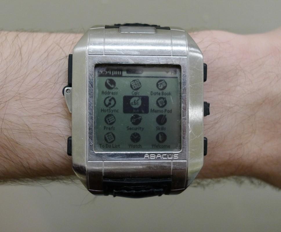 """Smartwatch da """"day thi"""" than toc the nao trong 10 nam qua-Hinh-7"""