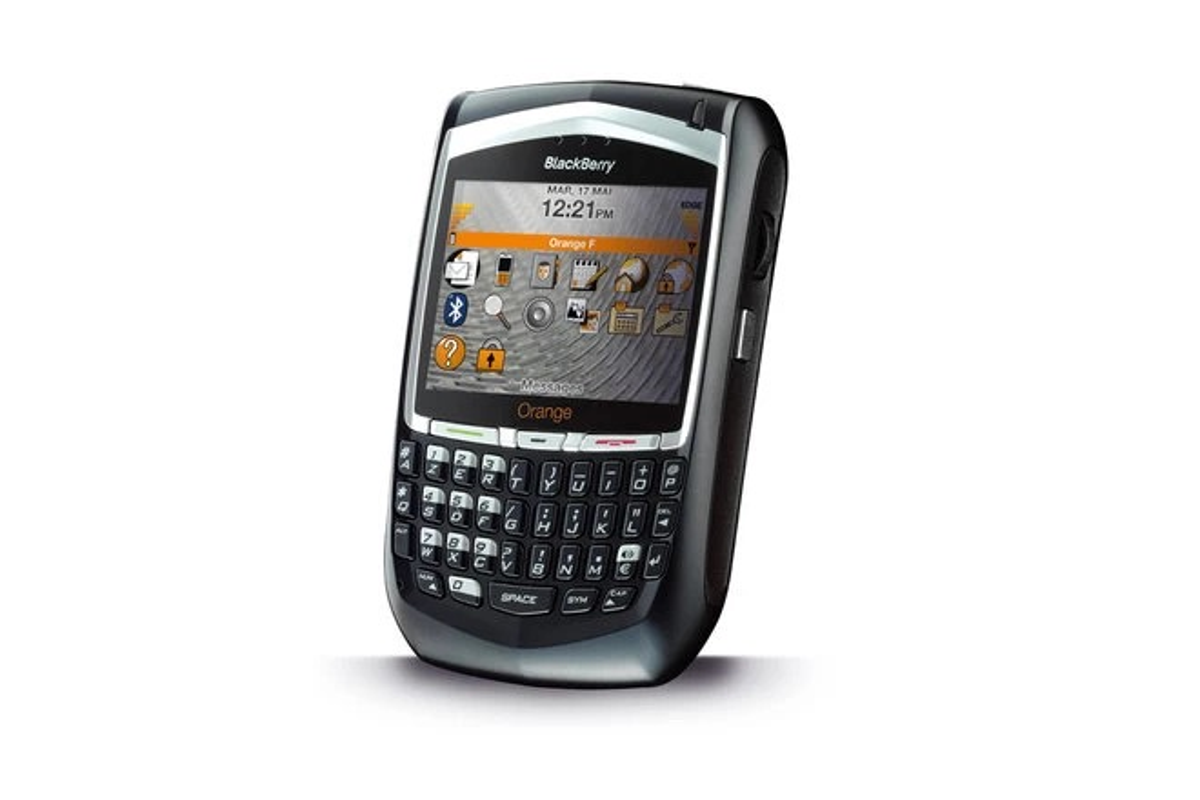"Nhin lai nhung ""sieu pham"" smartphone dau tien the gioi-Hinh-7"