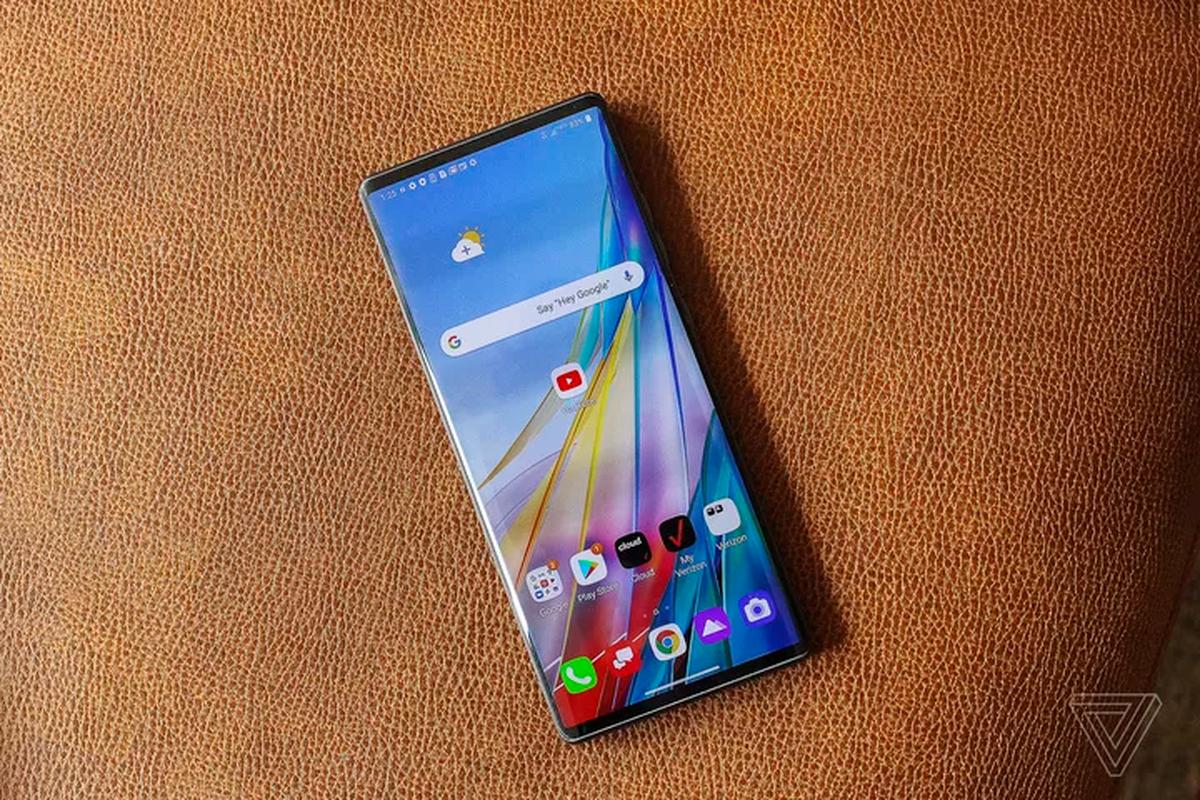 Smartphone man hinh cuc di cua LG: Mua mot duoc hai-Hinh-10
