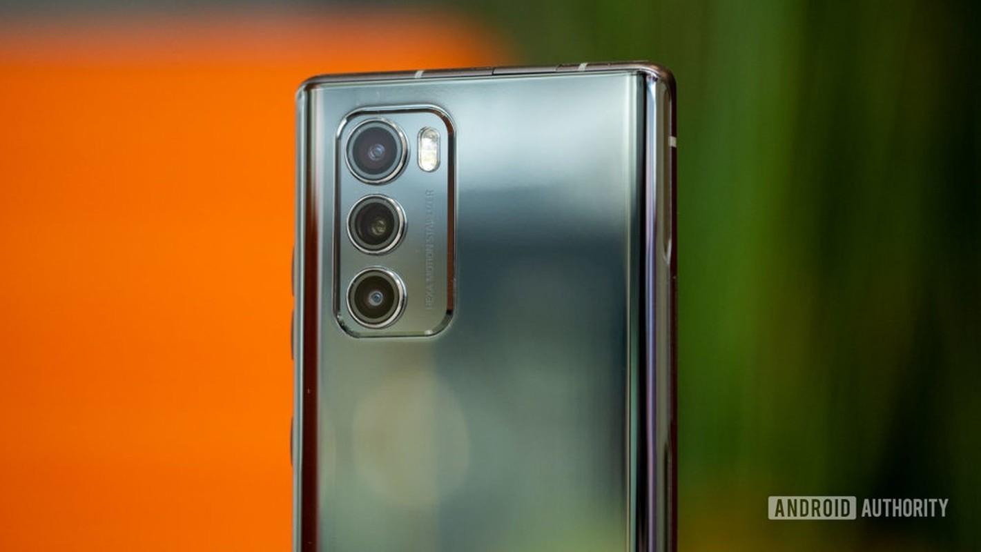 Smartphone man hinh cuc di cua LG: Mua mot duoc hai-Hinh-11