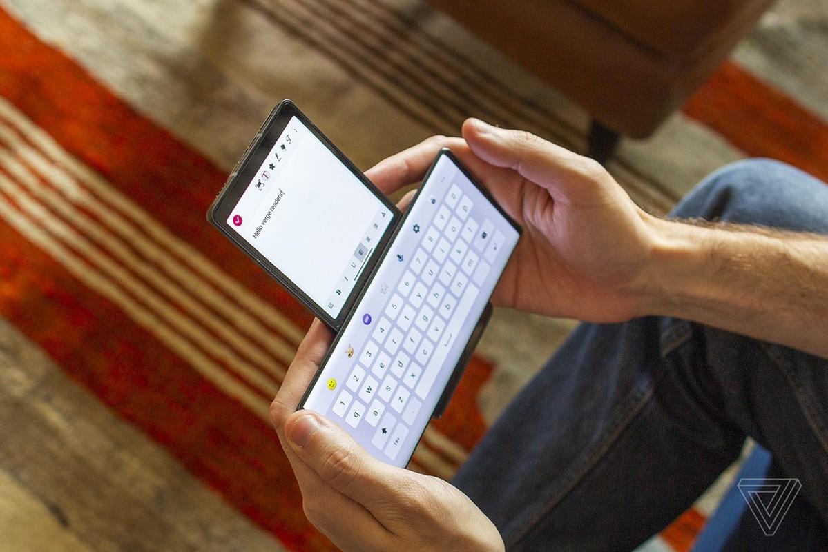 Smartphone man hinh cuc di cua LG: Mua mot duoc hai-Hinh-5