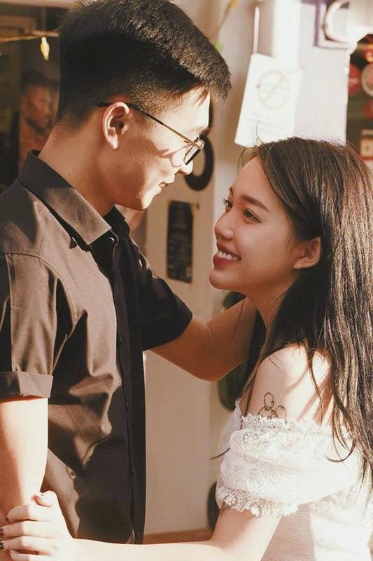 """Soi nhung mon do hieu chuan """"rich kid"""" cua tinh cu Linh Ngoc Dam-Hinh-2"""