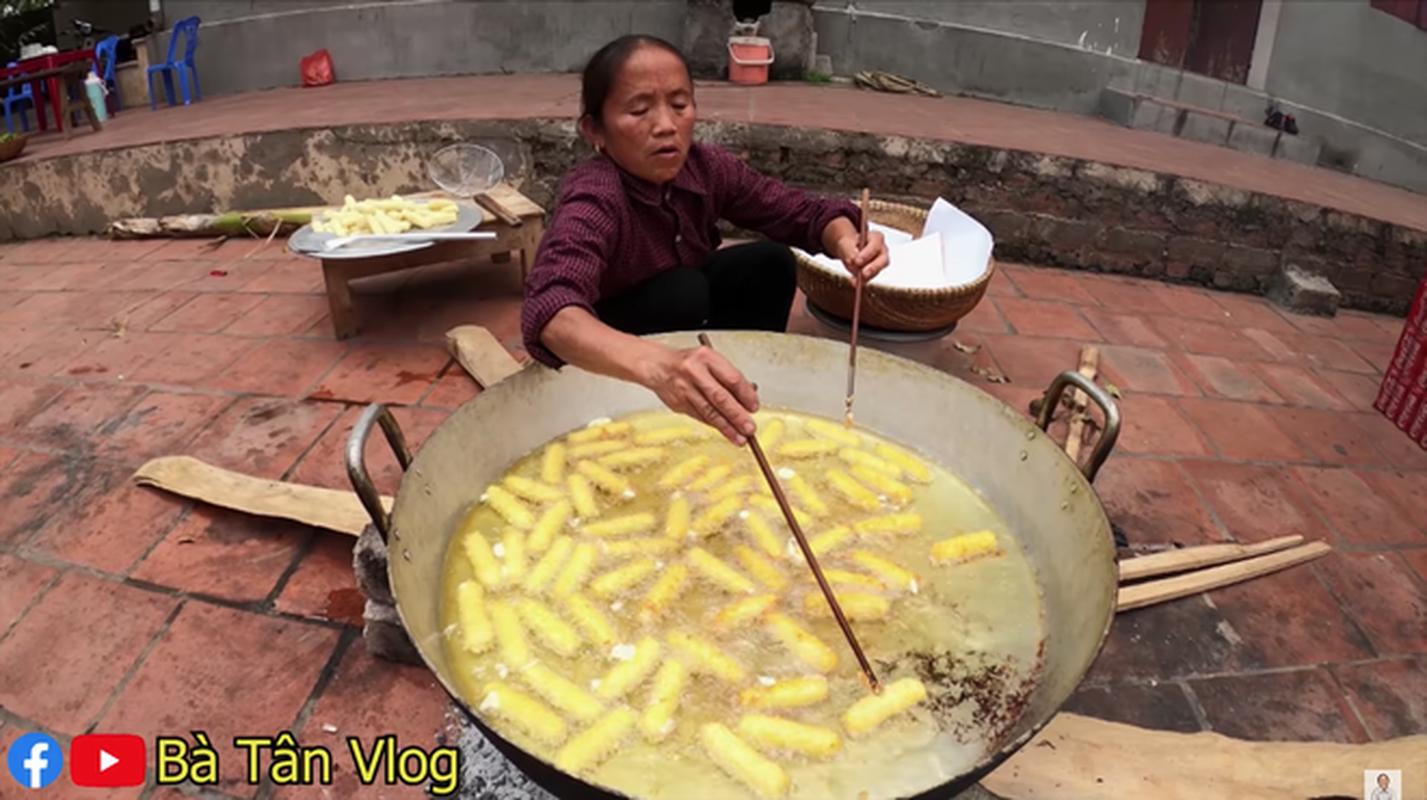 Chuyen ba Tan Vlog chia do an cho