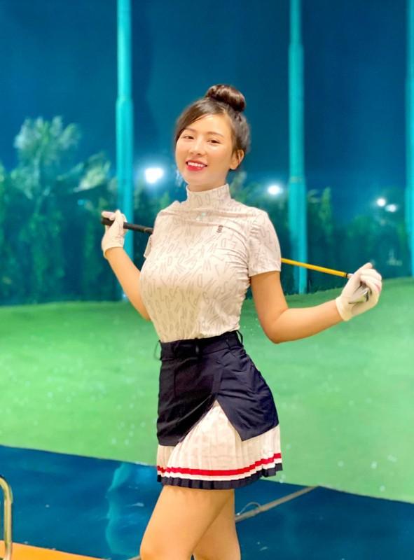 "Chan dung hot girl lang golf khien ai cung ""dan mat"" vi body nuot na-Hinh-4"
