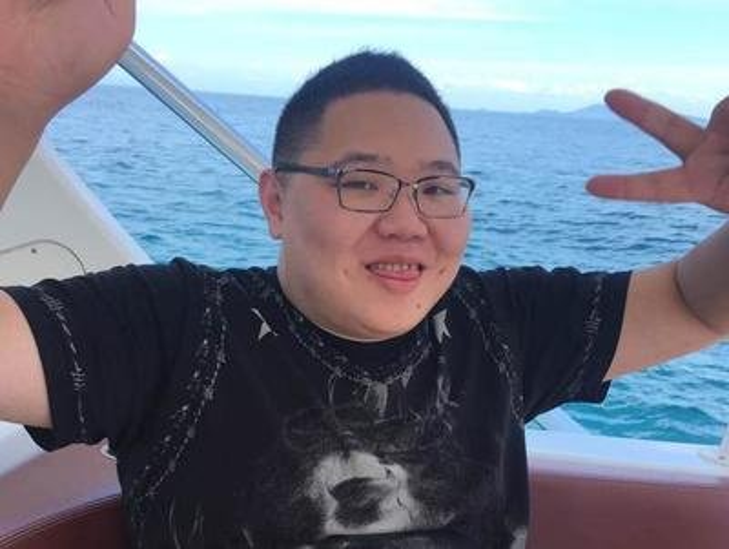 "Soi cuoc song xa hoa den ""loa mat"" cua streamer giau nhat xu Trung-Hinh-7"