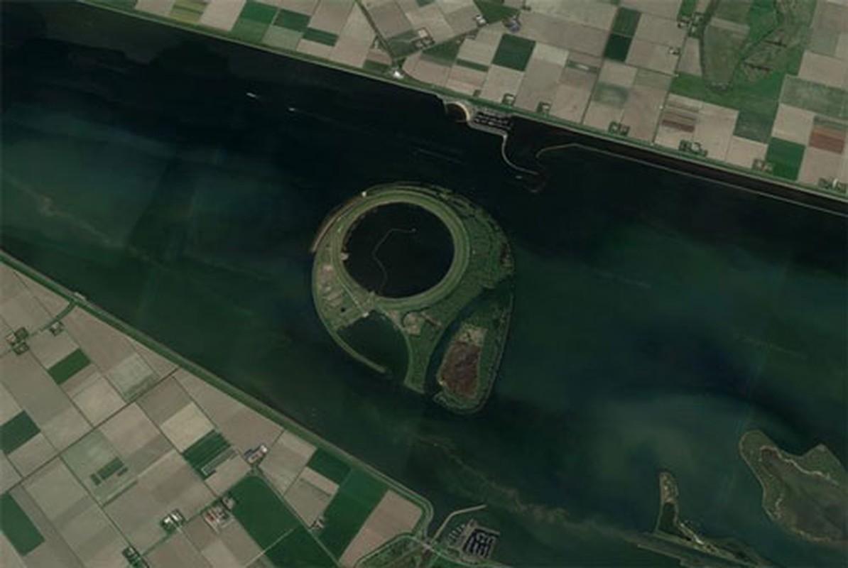 Google Maps phat hien ra nhieu bi an khong loi giai tren Trai dat-Hinh-2