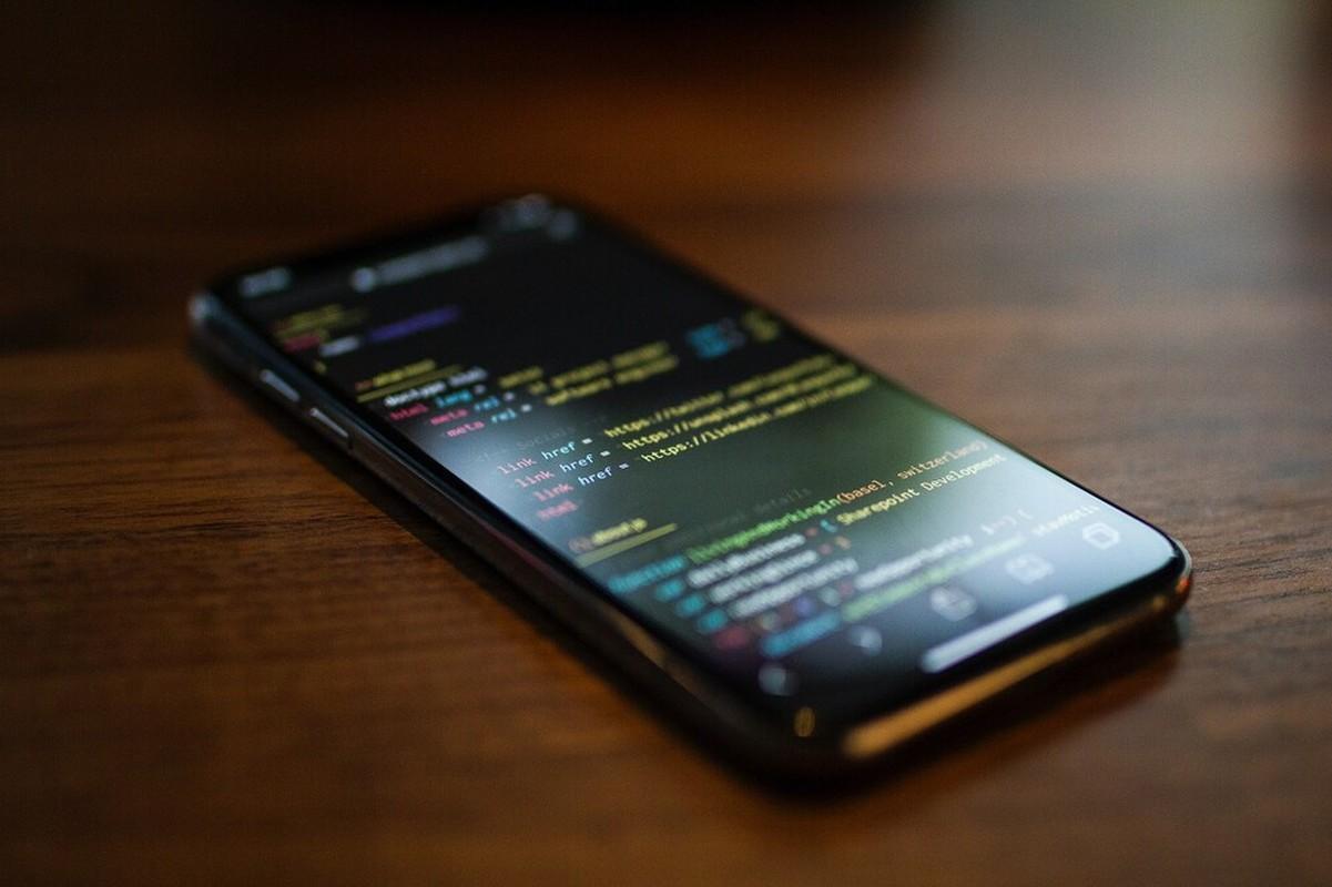 Nhung chiec iPhone dac biet Apple chi cho muon chu... khong ban-Hinh-4