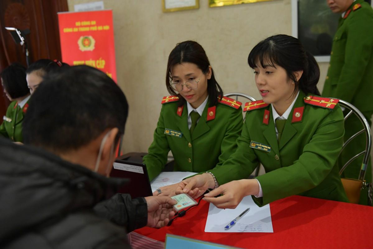 """The can cuoc cong dan gan chip moi cong nghe """"xin"""" co nao?-Hinh-8"""