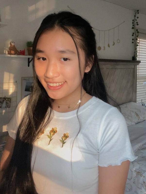 Co gai Jenny Huynh la ai ma dat 1 trieu subscribers khi 16 tuoi?-Hinh-4