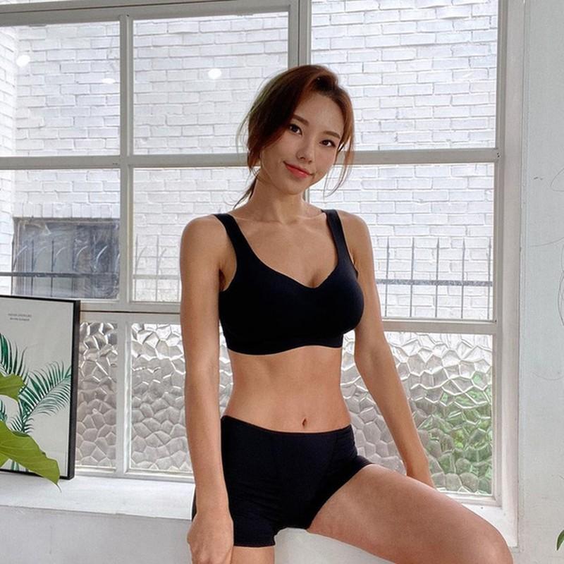 "Tung nang hon 100kg, nu Youtuber co man ""lot xac"" day ngoan muc-Hinh-8"