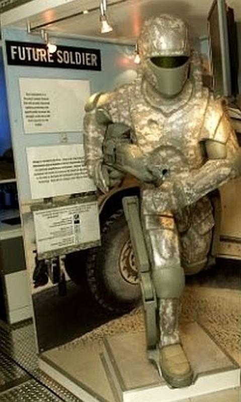 """Thanh cong voi bo giap nay, quan doi My se thanh nhung """"Iron man""""-Hinh-3"""