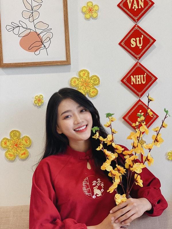 """Tan binh"" lang streamer khien fan ""day song"" boi ngoai hinh chuan-Hinh-2"