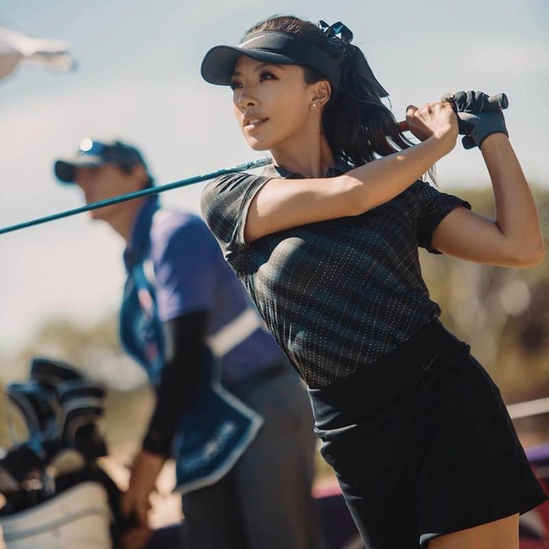 Nu golf thu xinh dep Trung Quoc lot Top 10 tay golf tai nang The gioi-Hinh-5