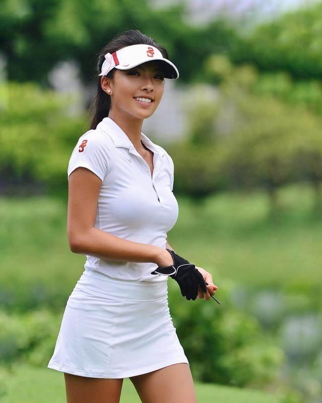 Nu golf thu xinh dep Trung Quoc lot Top 10 tay golf tai nang The gioi-Hinh-6