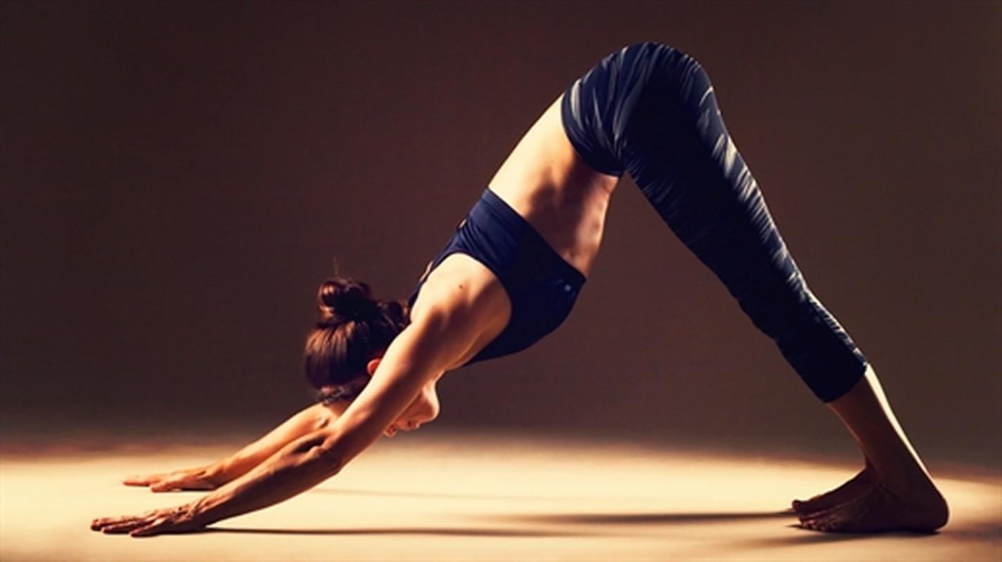 Thuc hanh deu dan 3 bai tap yoga nay cuc tot cho he tieu hoa-Hinh-2