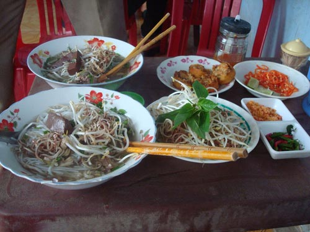 Den Tra Vinh nhat dinh phai thuong thuc to bun tuc lo nay-Hinh-3