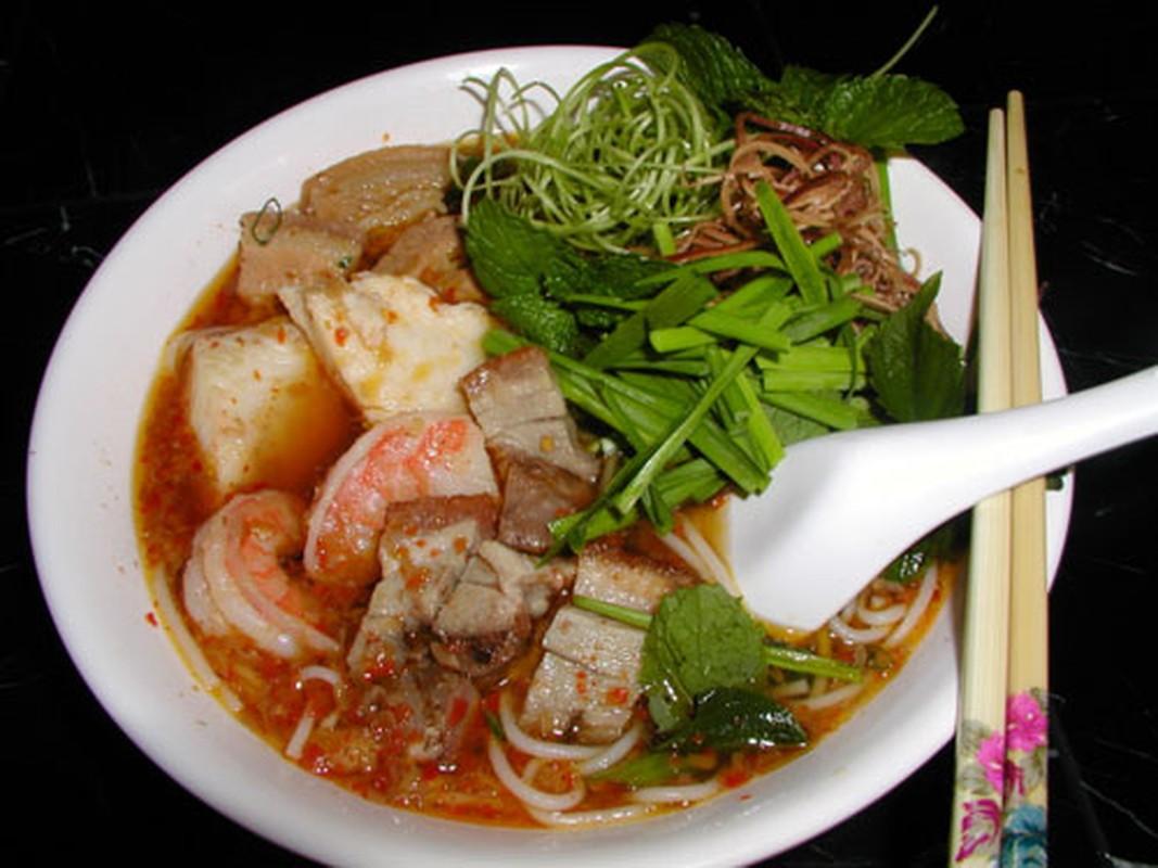Den Tra Vinh nhat dinh phai thuong thuc to bun tuc lo nay