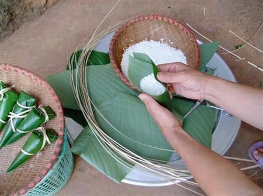 Kham pha banh cooc mo deo thom, dac san cua nguoi Tay-Hinh-2