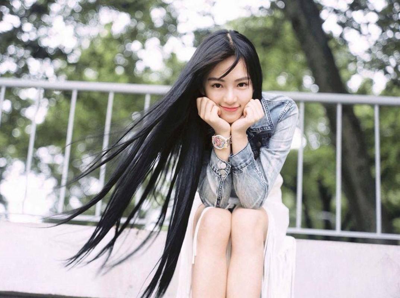 """Khong phai khuon mat, day moi la dieu """"Nu than Vu Han"""" Hoang Xan Xan khien fan do ram ram-Hinh-2"""