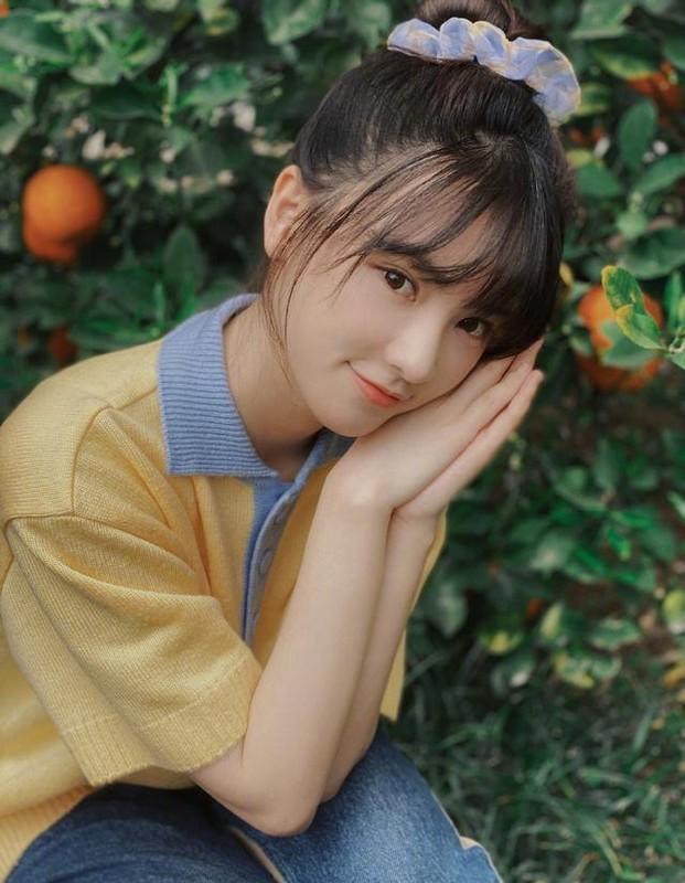 """Khong phai khuon mat, day moi la dieu """"Nu than Vu Han"""" Hoang Xan Xan khien fan do ram ram"""