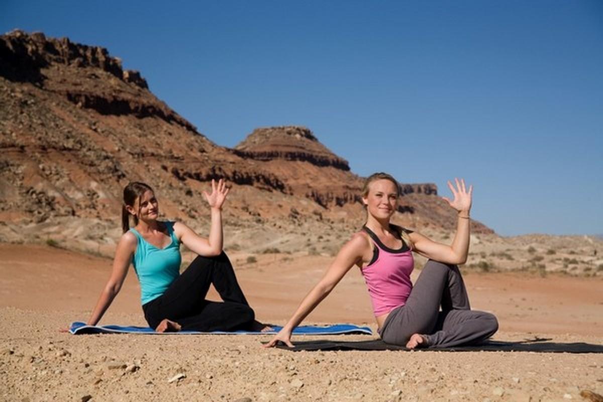 Bai tap yoga giup chua viem phe quan cuc hay, khoi ton tien mua thuoc-Hinh-2