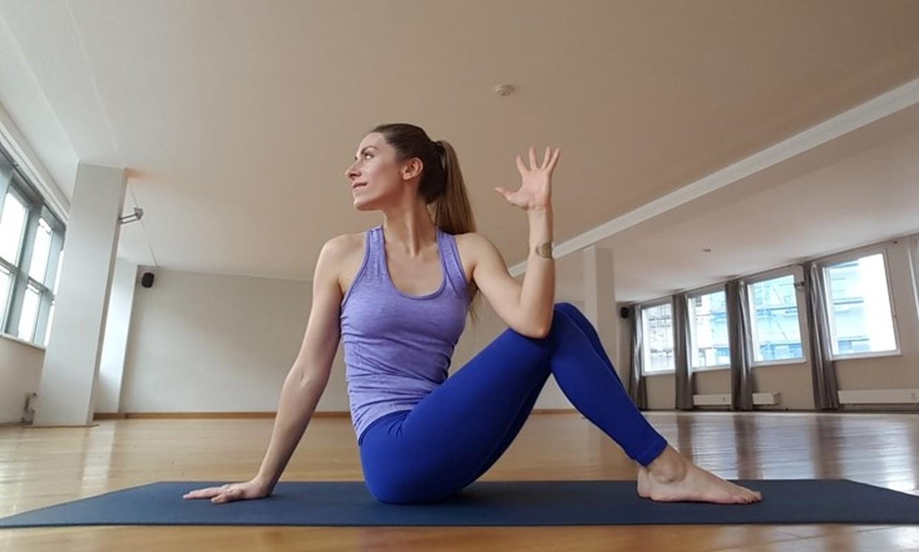 Bai tap yoga giup cai thien chung son tieu cuc hieu qua-Hinh-3