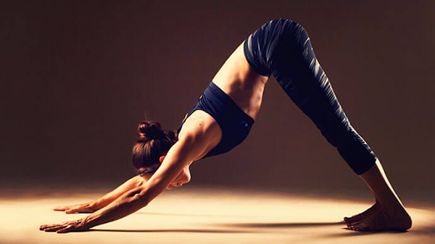 Bai tap yoga don gian giup luu thong tuan hoan mau cuc tot