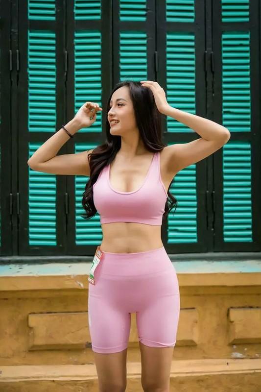 Ngoai Mai Phuong Thuy, nhieu sao ngoai dinh phot voi quan tap bo sat-Hinh-3