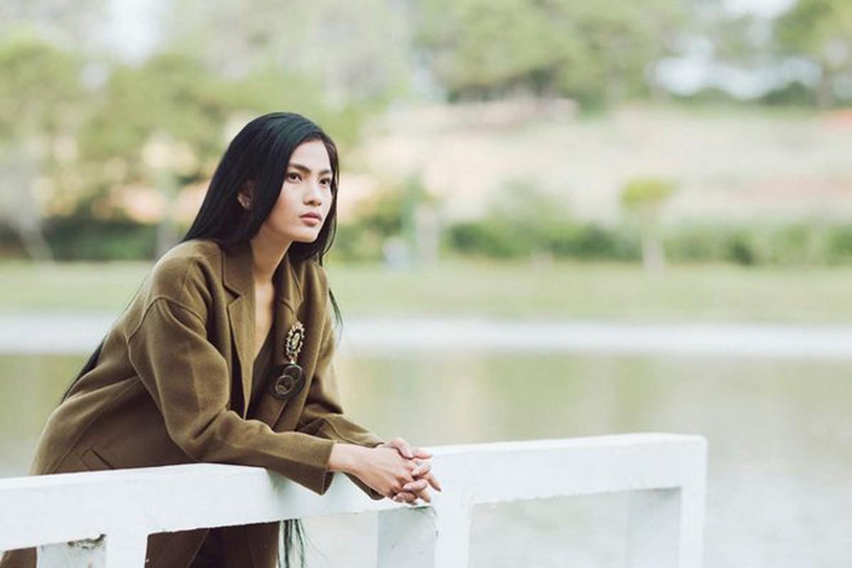 "Nhan sac ""tam sinh tuong"" cua top my nhan Viet an thuan chay-Hinh-5"