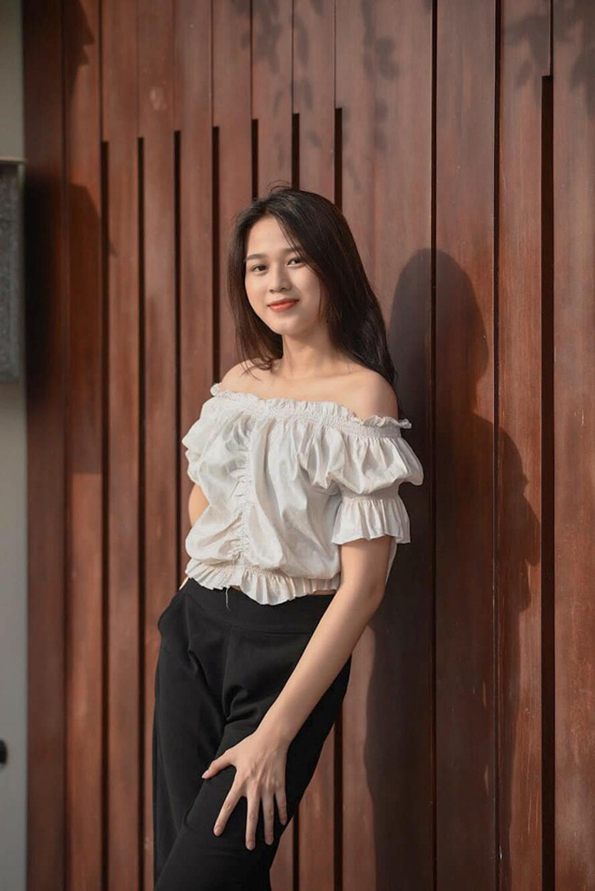 """Xinh xiu"" voi gu thoi trang nu tinh cua tan hoa hau Viet Nam Do Thi Ha-Hinh-2"