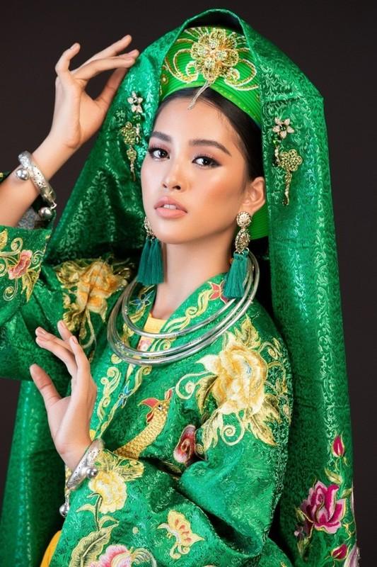 """Sao Viet dep """"ban loan"""" trong trang phuc Thanh Mau-Hinh-4"""
