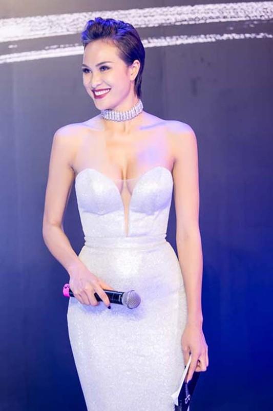 Nong mat gu thoi trang cua MC sexy nhat showbiz Viet-Hinh-2