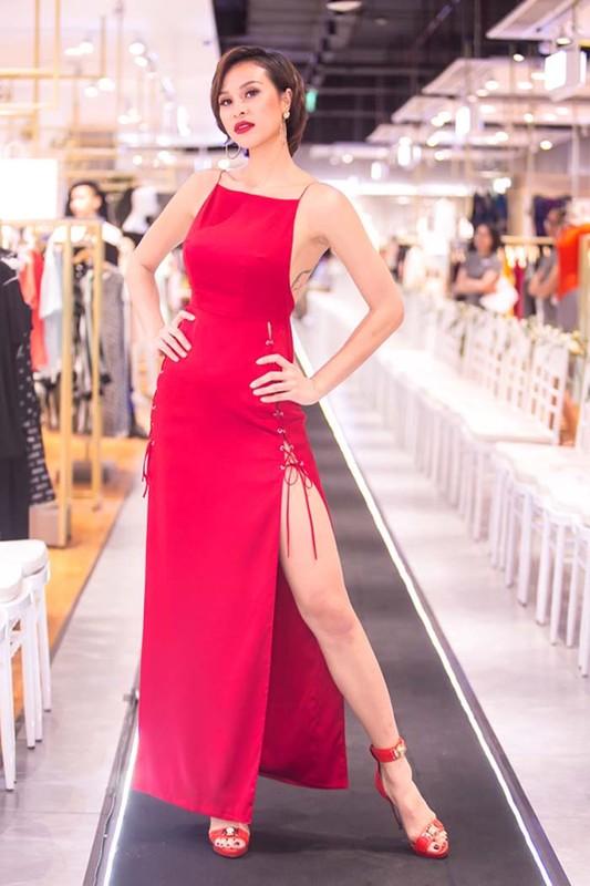 Nong mat gu thoi trang cua MC sexy nhat showbiz Viet-Hinh-6