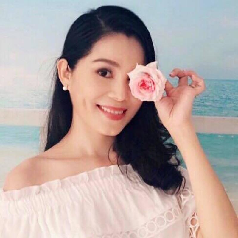 Chong dac chat nong dan,  ba xa MC Quyen Linh lai cuc ky sanh mot-Hinh-4