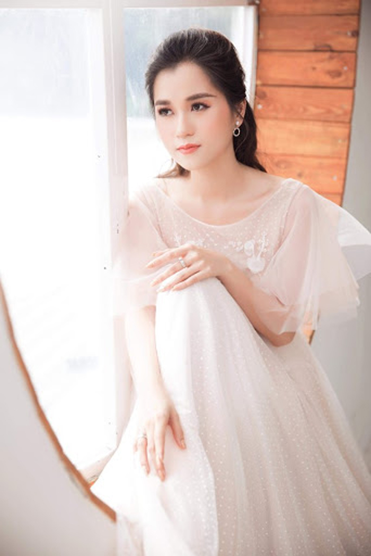 Gu thoi trang thang hang cua Lam Vy Da sau giam can khac nghiet-Hinh-5