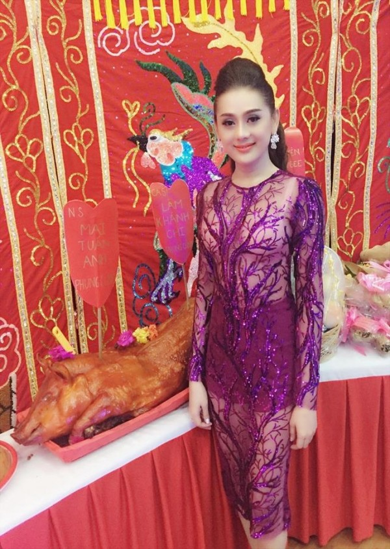 """Can loi"" trang phuc phan cam, lo lang cua sao Viet chon ton nghiem-Hinh-4"