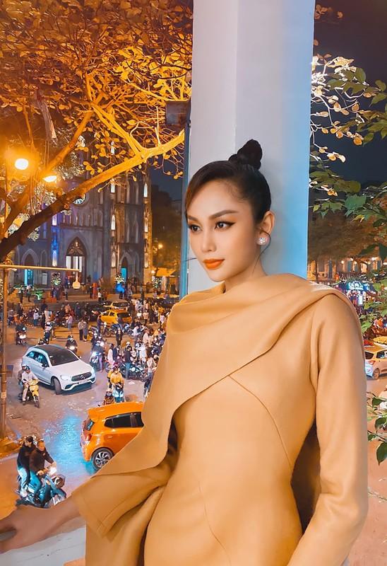 "Mac sieu nong bong, ""Thanh lo to"" My Ky khoe body dong ho cat-Hinh-12"