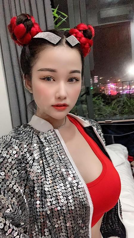"""Ngam DJ an mac cuc gat, tu xung """"hien nhat Dong Nam Bo""""-Hinh-4"""