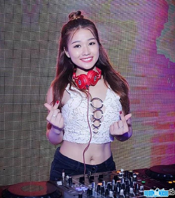 """Ngam DJ an mac cuc gat, tu xung """"hien nhat Dong Nam Bo""""-Hinh-7"""