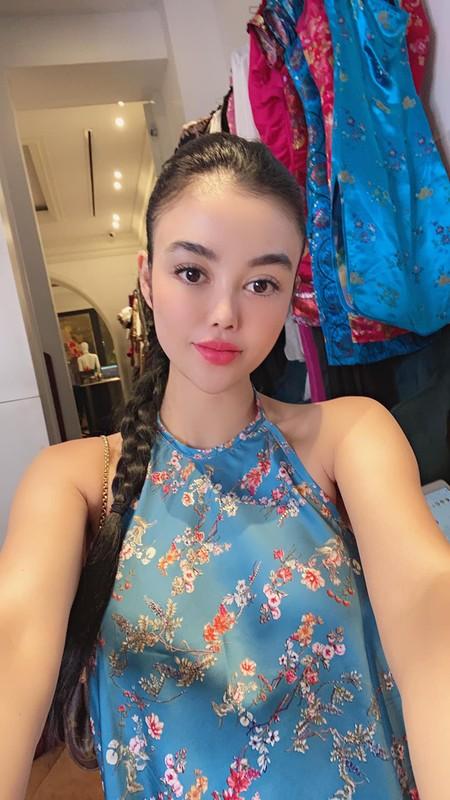 "Mac ao yem voi quan ""tang hinh"", hoa hau Julia Ho gay choang-Hinh-3"