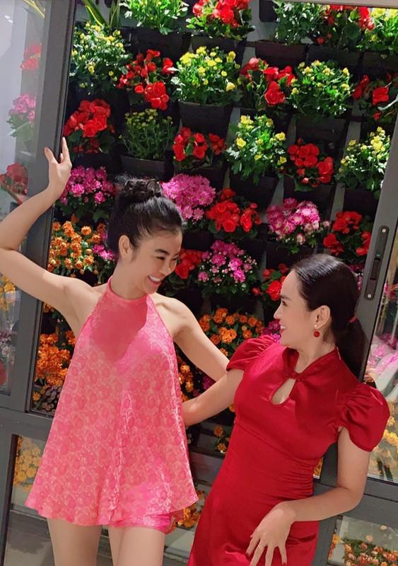 "Mac ao yem voi quan ""tang hinh"", hoa hau Julia Ho gay choang-Hinh-8"