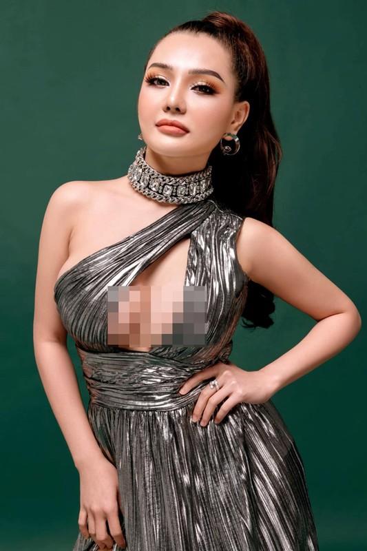 "Dien mot ""bung toang"", hotgirl ""chiu ho nhat Viet Nam"" bi che phan cam-Hinh-4"