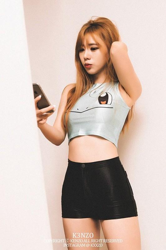 Mac ao Pikachu khoe vong 1 ngon ngon, gai xinh bi che phan cam-Hinh-5